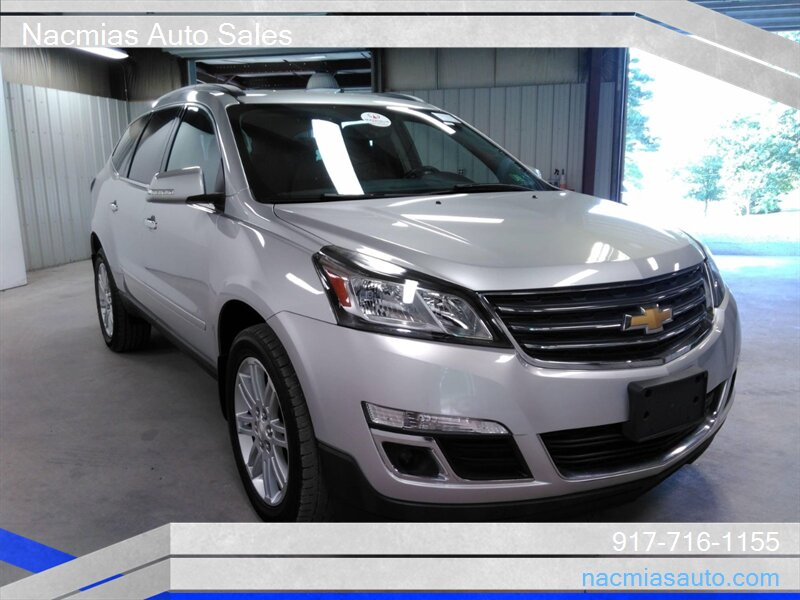 2015 Chevrolet Traverse LT  awd one owner low miles photo