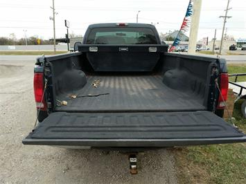 2000 Ford F-350 Super Duty XL 2dr Standard Cab XL - Photo 5 - Topeka, KS 66609