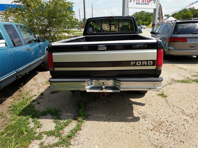 1995 Ford F-250 XL 2dr XL - Photo 3 - Topeka, KS 66609