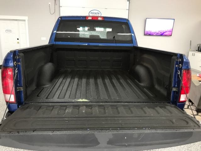 2015 Ram 1500 SXT Crew cab 4x4 with 20 inch Rims, Backup camera  Pin Wiring Harness Xfks on