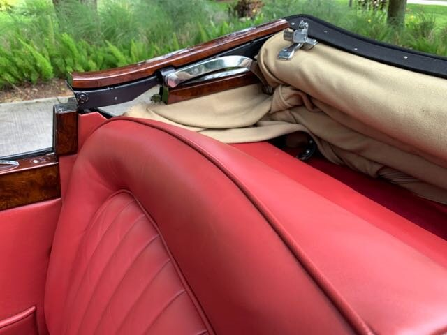 1953 Jaguar XK 120 photo