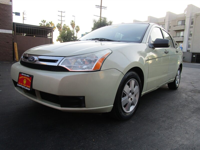 2010 Ford Focus S photo